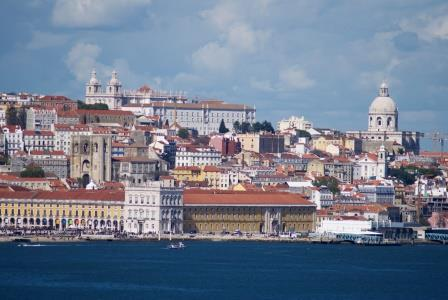 Alfama and the Cathedral of Lisbon seen from the opposite bank of the river Tejo