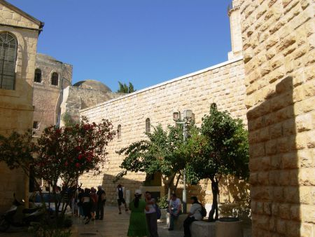 Jerusalem_Mount_Zion_Entrance_to_David's_Tomb.jpg